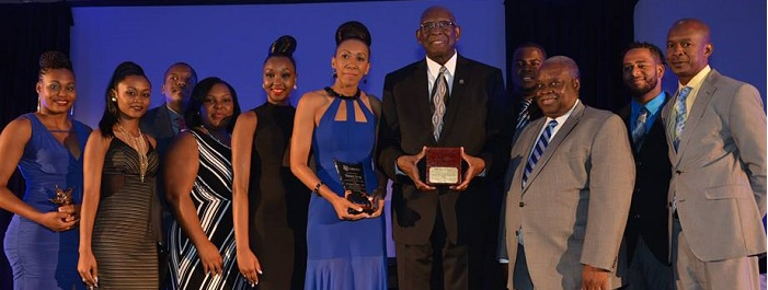 President Hall receives Tommy Star Award