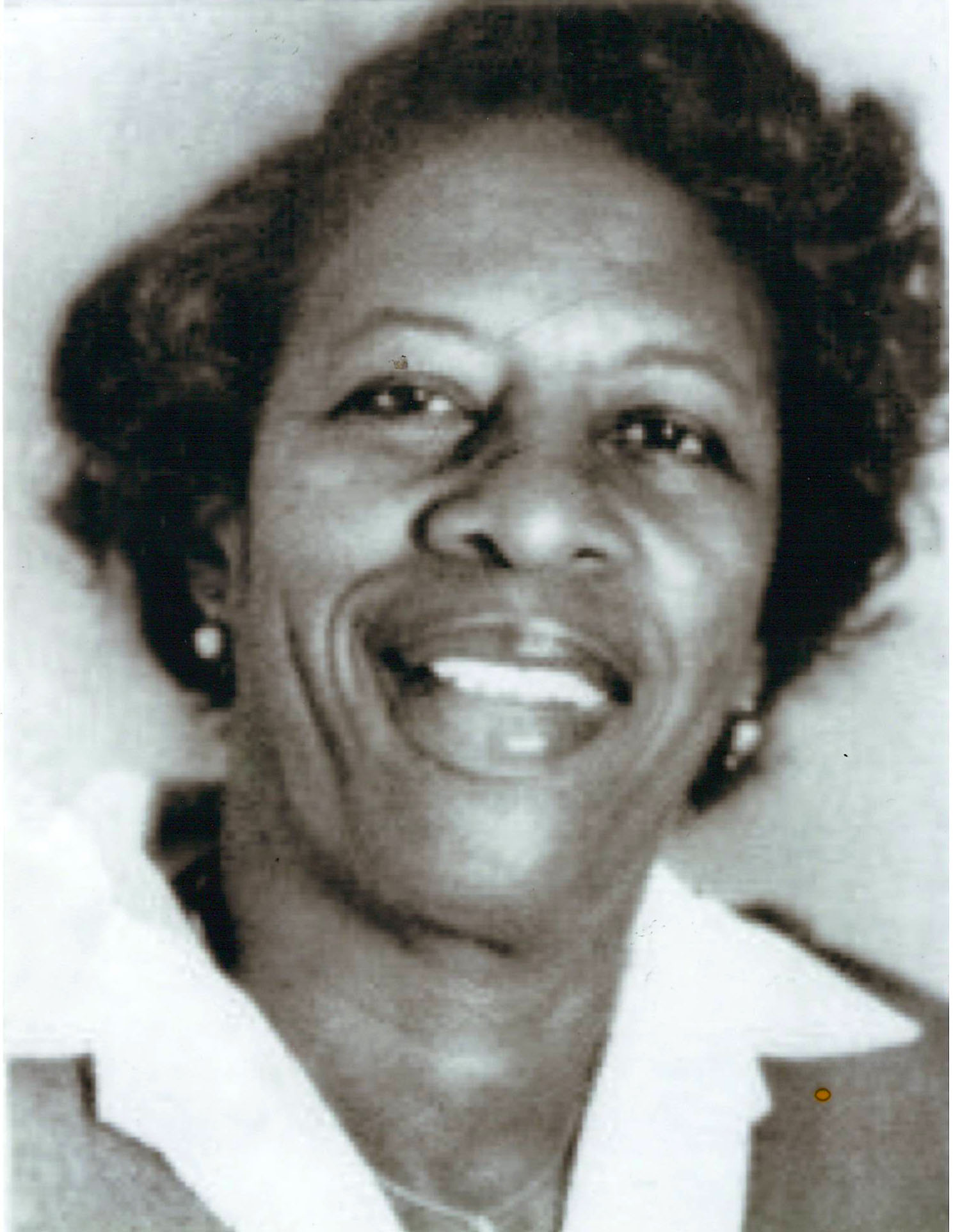 Photo of Ruth E. Thomas